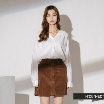 H:CONNECT 韓國品牌 女裝-排扣落肩素面襯衫-白