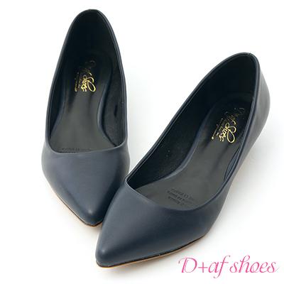 D+AF 俐落優雅.簡約素面尖頭低跟鞋*深藍