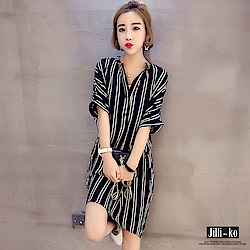 Jilli-ko 直條紋寬版連身裙- 黑