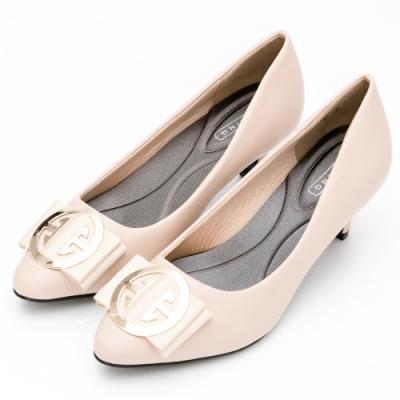 River&Moon中大尺碼-金扣朵結通勤記憶鞋墊尖頭跟鞋-杏