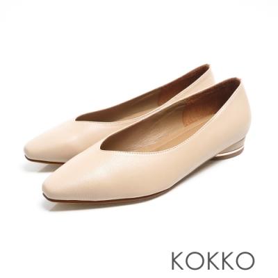 KOKKO -素面小方頭羊皮V口圓跟鞋 - 米白色