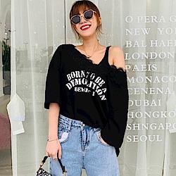 La Belleza雙V領蕾絲拼接英文字T恤