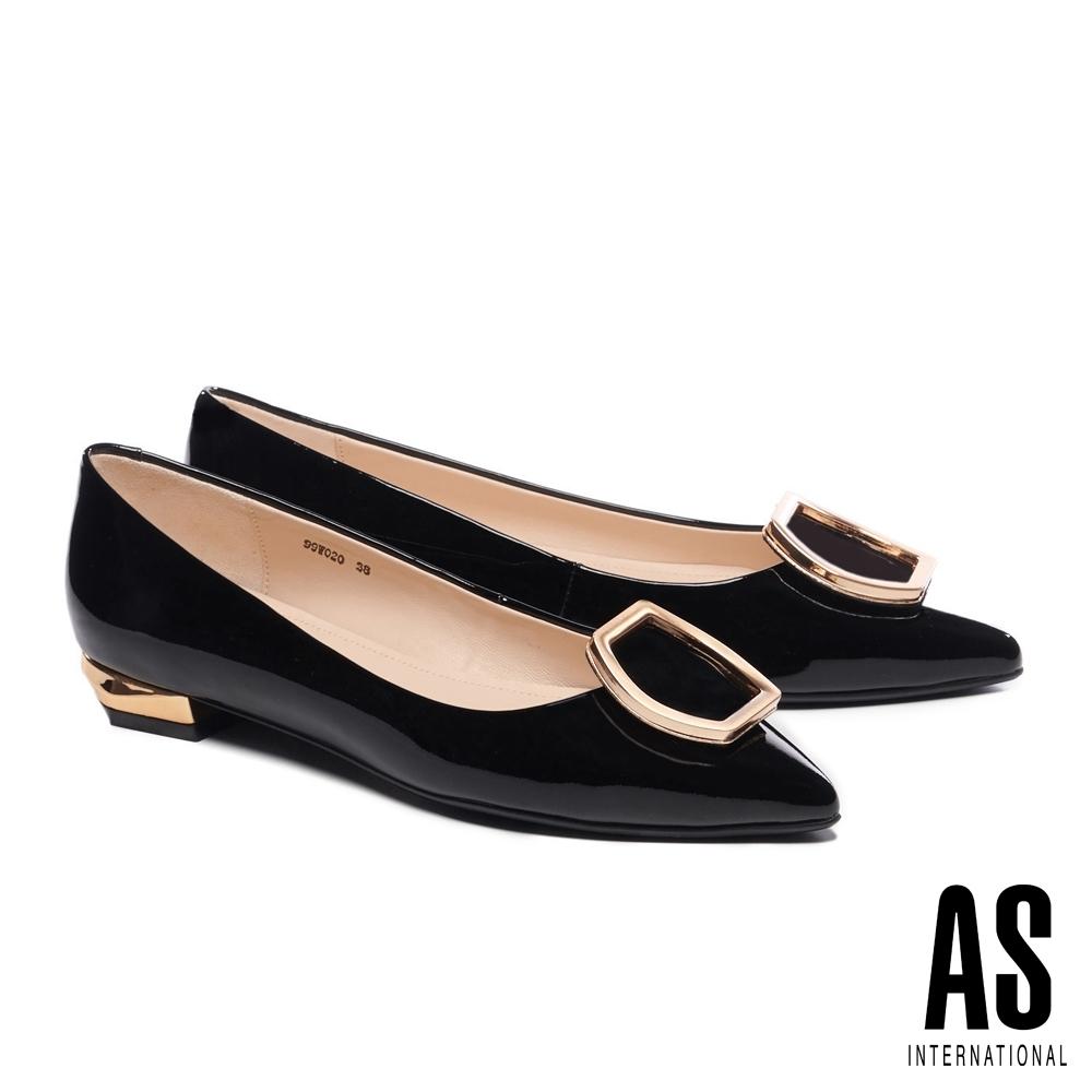 低跟鞋 AS 金屬流線六角釦飾全真皮尖頭低跟鞋-黑