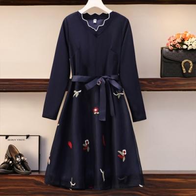 【KEITH-WILL】(預購)魅力好感舒適V領繡花洋裝(共1色)