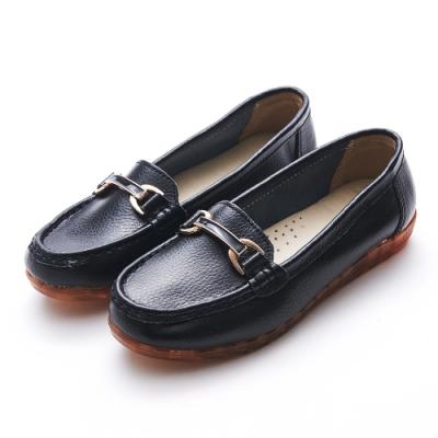 A one  牛皮莫卡辛琺瑯釉彩馬銜扣鍊休閒鞋-黑色