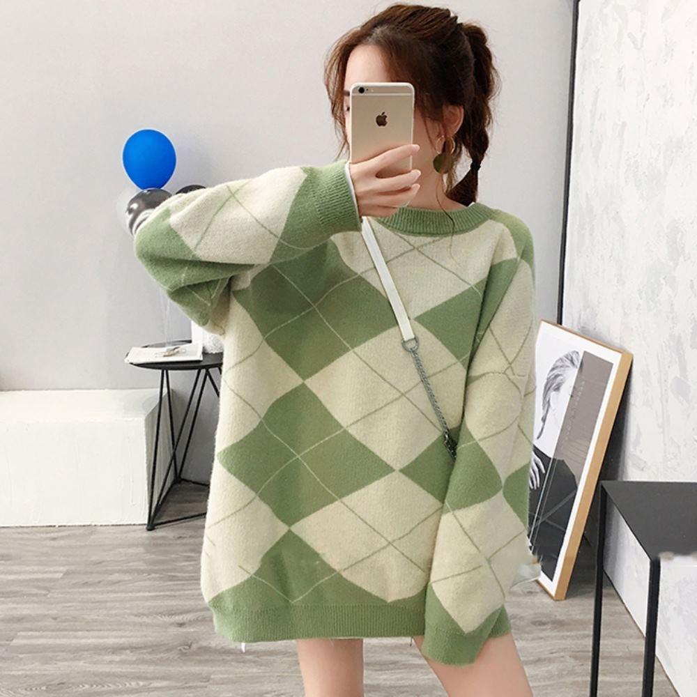 La Belleza圓領菱格紋交叉線條落肩針織毛衣 product image 1