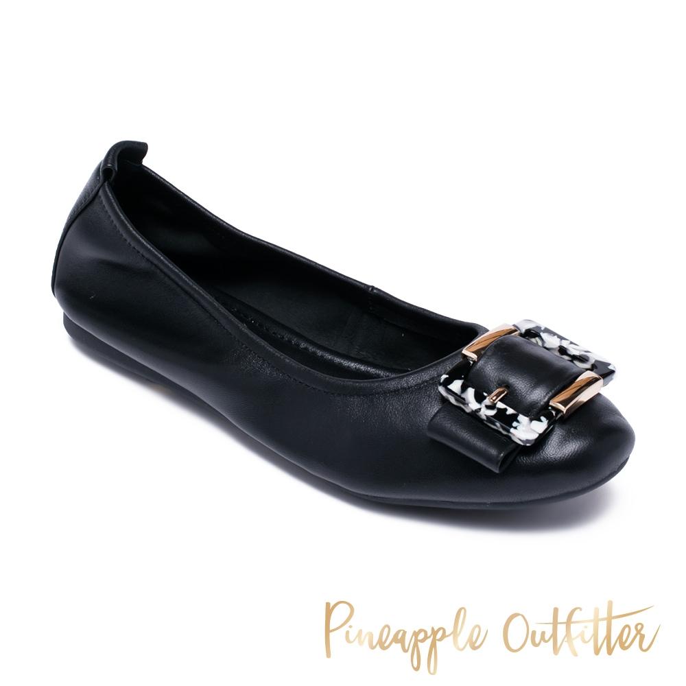 Pineapple Outfitter-DAVAN 方型飾釦真皮舒適娃娃鞋-黑色
