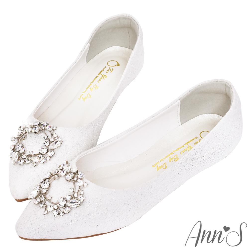 Ann'S祕密花園-白蕾絲鑽石花圈平底婚鞋