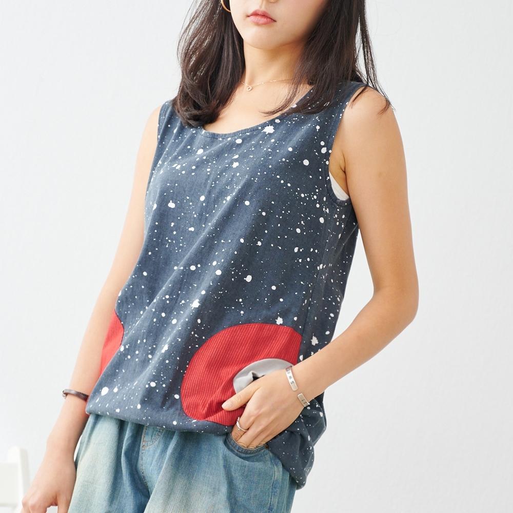 KT 噴漆感口袋設計純棉背心- 深藍色