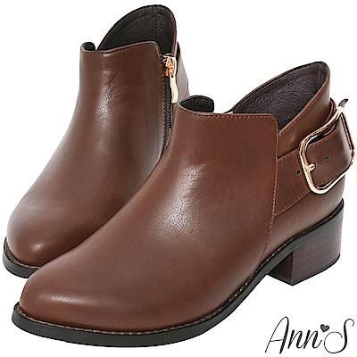 Ann'S優質剪裁-大方扣顯瘦側V復古粗跟短靴-咖