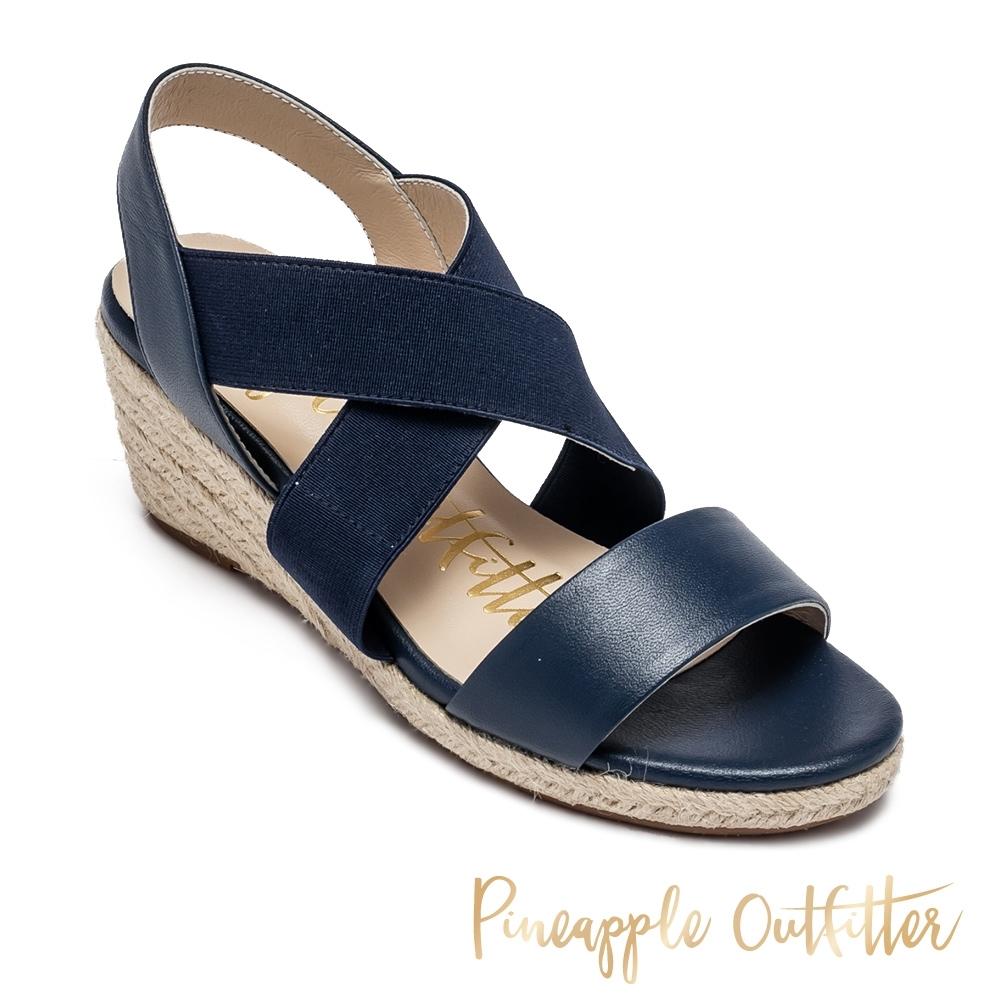 Pineapple Outfitter 休閒一字交叉楔型涼鞋-深藍色