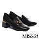 高跟鞋 MISS 21 內斂態度星星釦飾方頭粗高跟鞋-黑 product thumbnail 1
