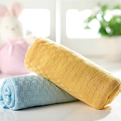 nac nac 竹纖維針織毯禮盒(2色可選)