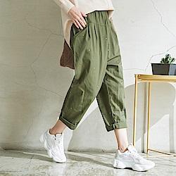 慢 生活 鬆緊腰刺繡休閒蘿蔔褲-藍/綠