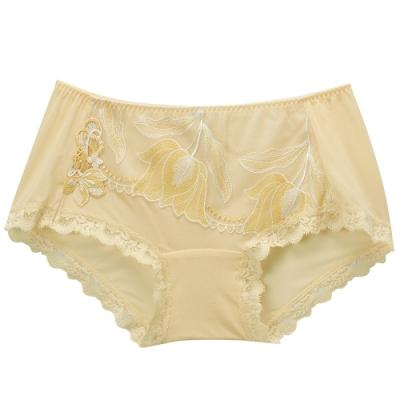 莎露- 歡慶 M-LL 中低腰平口褲(黃)奢華蕾絲-透氣包臀-