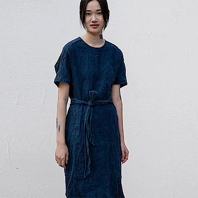 旅途原品_柔藍_原創設計藍染亞麻袍子-藍色
