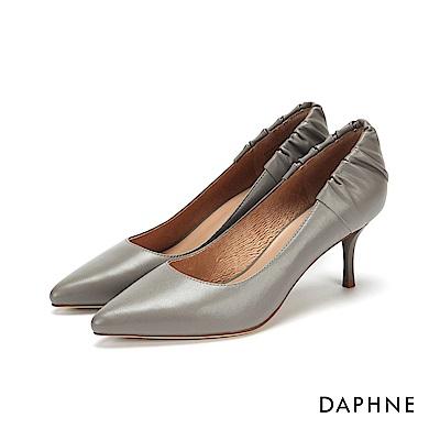 達芙妮DAPHNE 高跟鞋-皺摺花苞真皮細高跟鞋-灰
