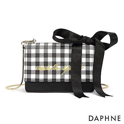 達芙妮DAPHNE-幾合格紋蝴蝶結飾鍊帶小方包-黑色