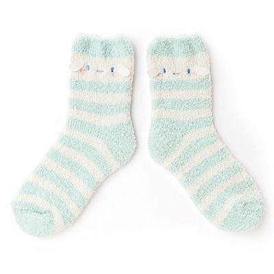 Sanrio 大耳狗喜拿雲朵軟綿綿系列可愛大臉Fluffy保暖中筒襪