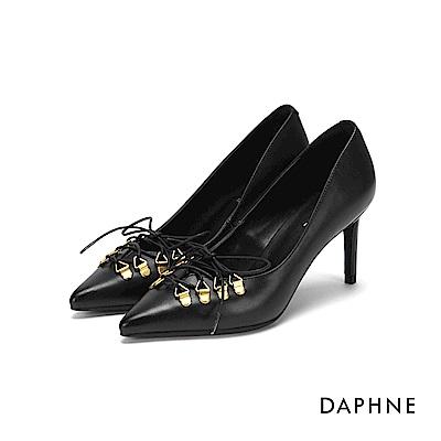 達芙妮DAPHNE 高跟鞋-鉚釘綁帶尖頭霧面高跟鞋-黑