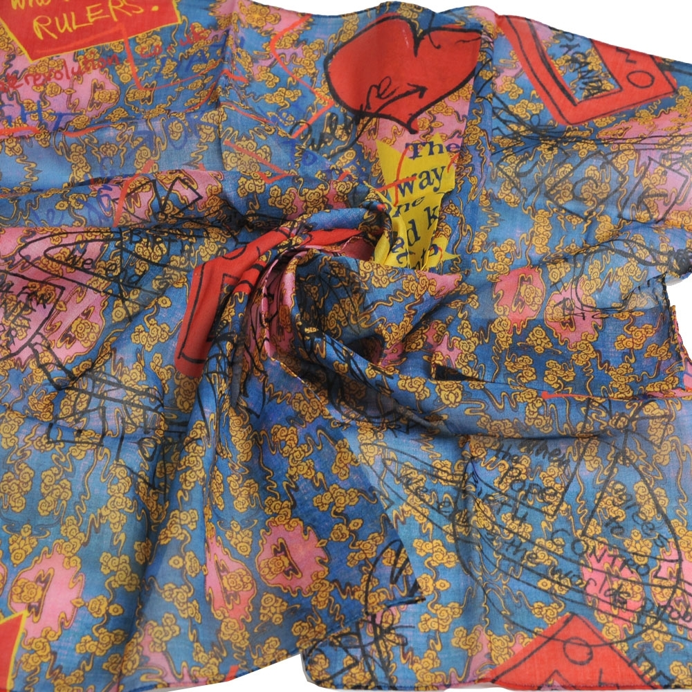 VIVIENNE WESTWOOD 品牌塗鴉圖騰花紋行星LOGO大帕領巾(粉紅/藍)