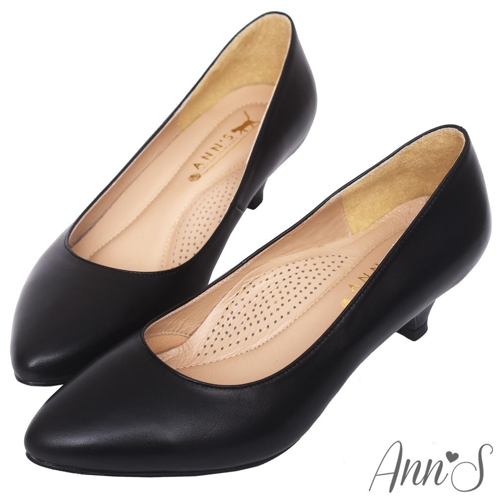 Ann'S知性簡約-全真羊皮氣墊尖頭低跟包鞋-黑