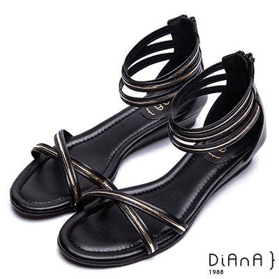 DIANA 流行時尚—交叉繞帶光澤金滾邊涼鞋-黑