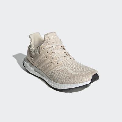 adidas ULTRABOOST 5.0 DNA 跑鞋 女 FZ1851