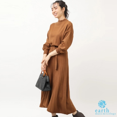 earth music 高腰腰帶百摺裙拼接設計針織洋裝