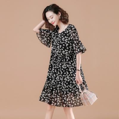 甜美小雛菊寬鬆荷葉娃娃雪紡洋裝XL-5XL-KVOLL