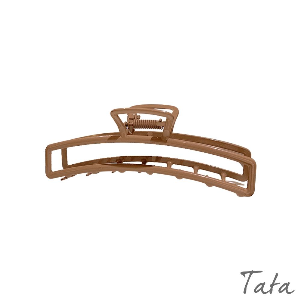 咖色鏤空造型鯊魚夾 TATA