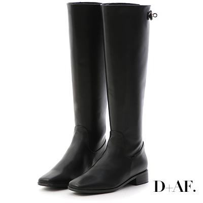 D+AF 女爵風範.銀色鎖釦顯瘦感長靴*黑