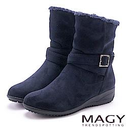 MAGY 暖冬時尚 2WAY扣環捲毛絨布短靴-藍色