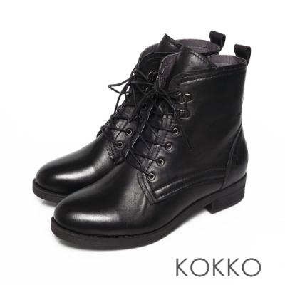 KOKKO微醺雙擦色綁帶小牛皮粗跟馬汀短靴黑色