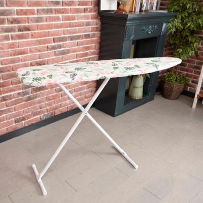 【ikloo】可折疊立地式燙衣板(紅鶴)