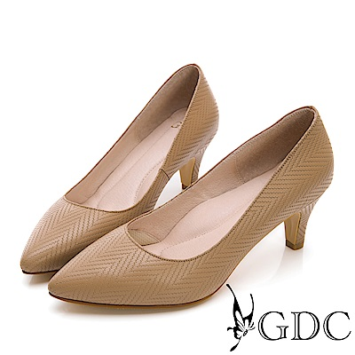 GDC-氣質OL真皮美紋優雅尖頭跟鞋-駝色