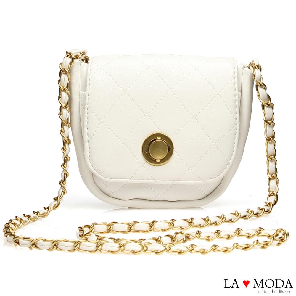 La Moda 小香風宴會約會首選菱格紋旋鈕鍊帶肩背斜背小方包(白)