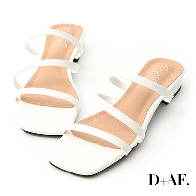 D+AF 夏日印象.三條帶方頭低跟涼拖鞋*白