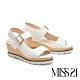 涼鞋 MISS 21 極簡線條剪裁設計楔型厚底涼鞋-米白 product thumbnail 1
