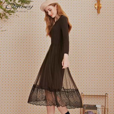 OUWEY歐薇 坑條彈性針織網紗蕾絲拼接洋裝(咖)