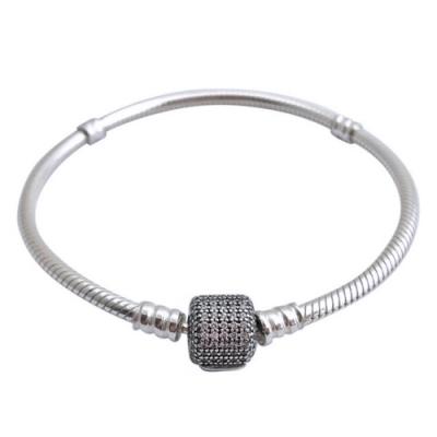 Pandora 潘朵拉 璀璨鋯石扣頭925純銀手鍊手環(18cm/多款可選)