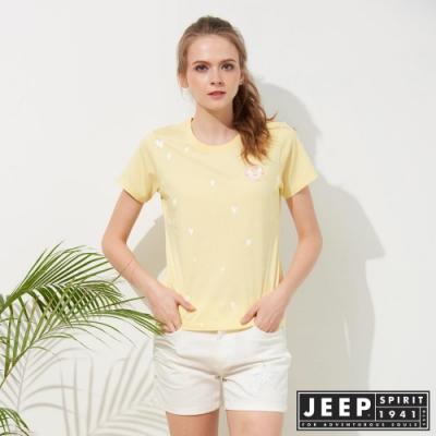 JEEP 女裝 滿版愛心印花短袖TEE-淡黃色