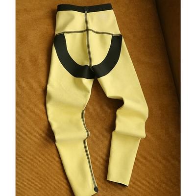 鯊魚皮外穿高腰加絨提臀瑜伽內搭褲設計所在