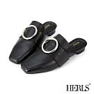 HERLS 知性俐落 全真皮大圓釦方頭穆勒鞋-黑色