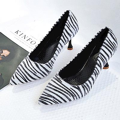KEITH-WILL時尚鞋館 狂賣千雙舒適磨砂細跟鞋-白色