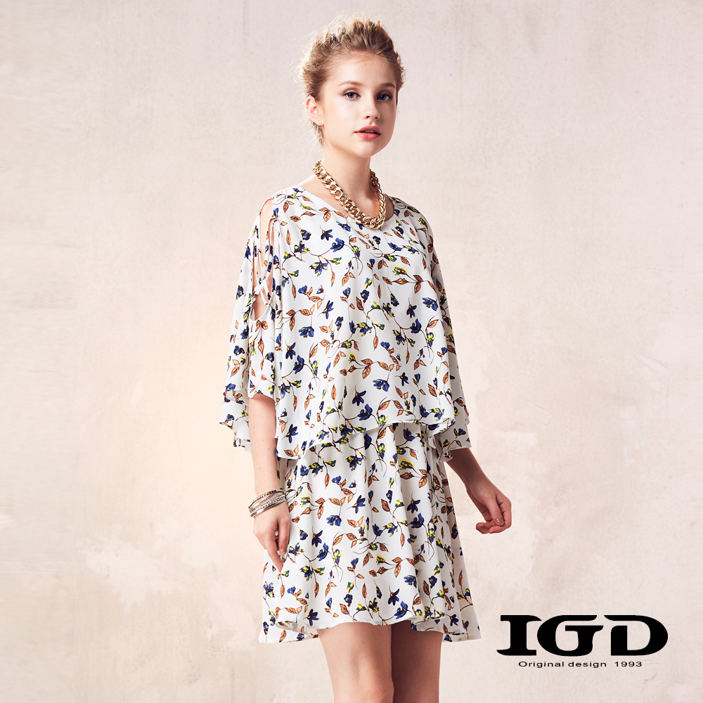 IGD英格麗 浪漫碎花鏤空寬袖造型上衣