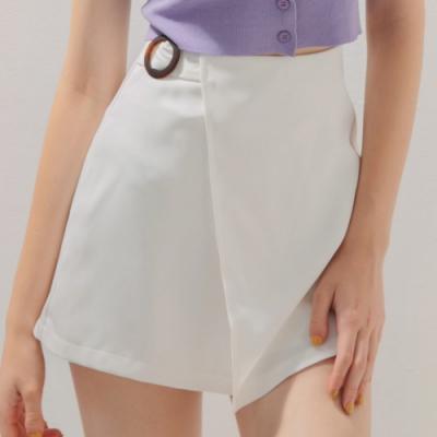 AIR SPACE 琥珀造型A字褲裙(白)