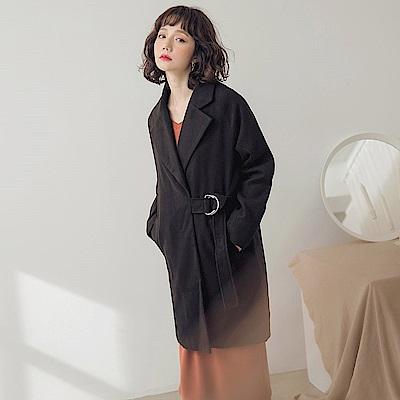 翻領側邊綁帶長版大衣外套-OB大尺碼