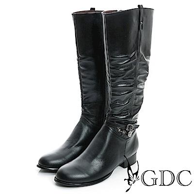GDC-側扣帶吊飾抓皺造型真皮長靴-黑