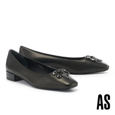 低跟鞋 AS 新經典 LOGO 釦飾純色羊皮方頭低跟鞋-黑